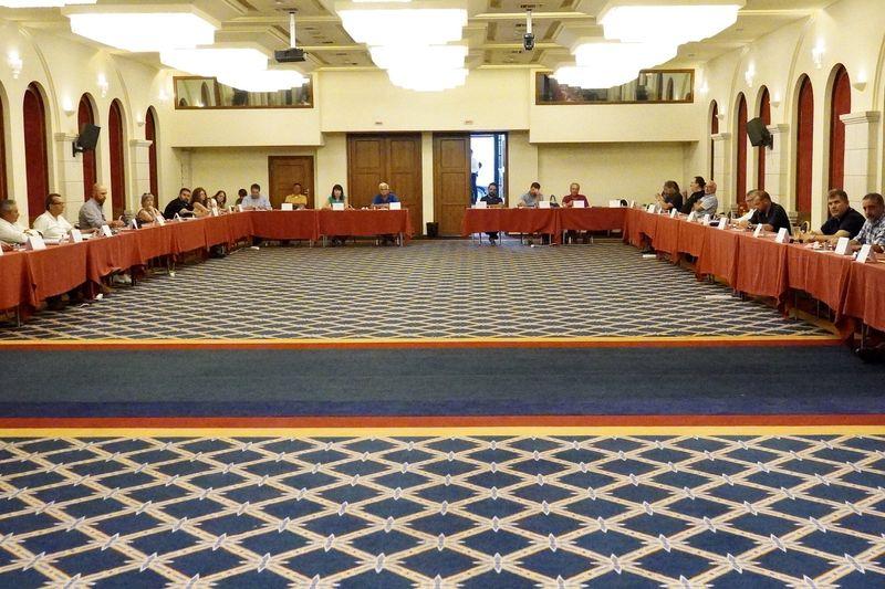 Στο Ατλαντίς πραγματοποιήθηκε το Περιφερειακό Συμβούλιο Κρήτης