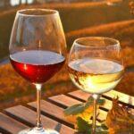 4 βασικά λάθη που συνηθίζουν να κάνουν όσοι πίνουν κρασί