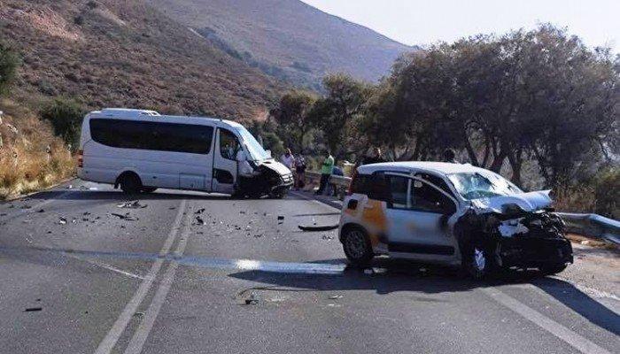 Τροχαίο ατύχημα στον ΒΟΑΚ στο ύψος του Πετρέ – Τέσσερεις τραυματίες